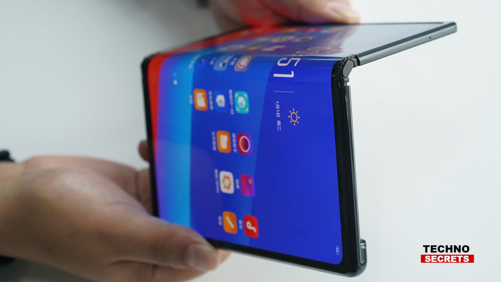 Huawei Mate X Foldable Smartphone to go on Sale in June 2019