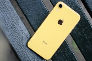 Apple Offering Free Replacement For Faulty iPhone XS, XS Max, and iPhone XR Smart Battery Cases